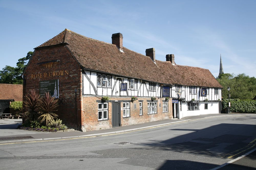 Picture of Legacy Rose & Crown Hotel