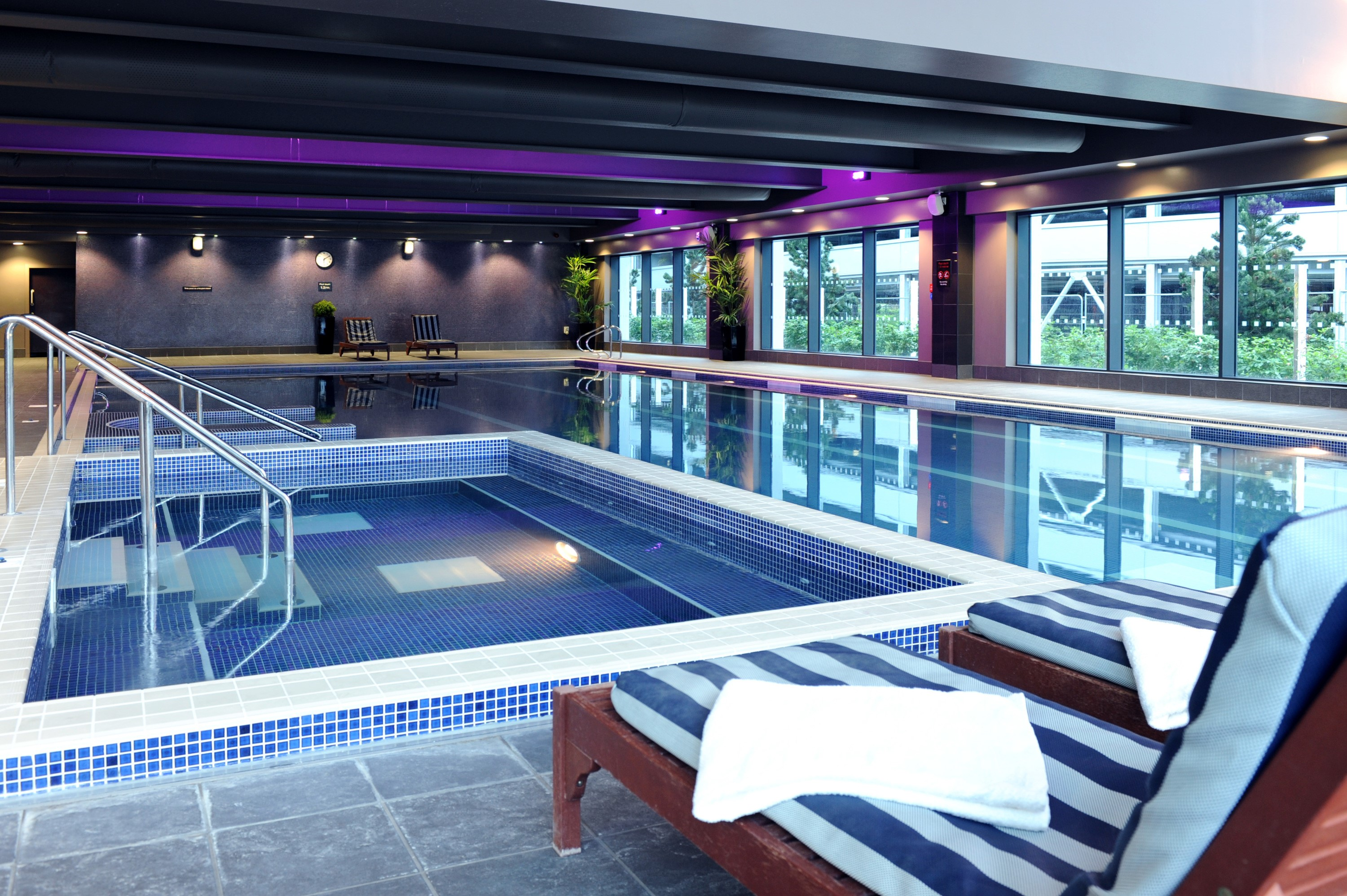 Village hotel leeds south leeds - Public swimming pools bournemouth ...