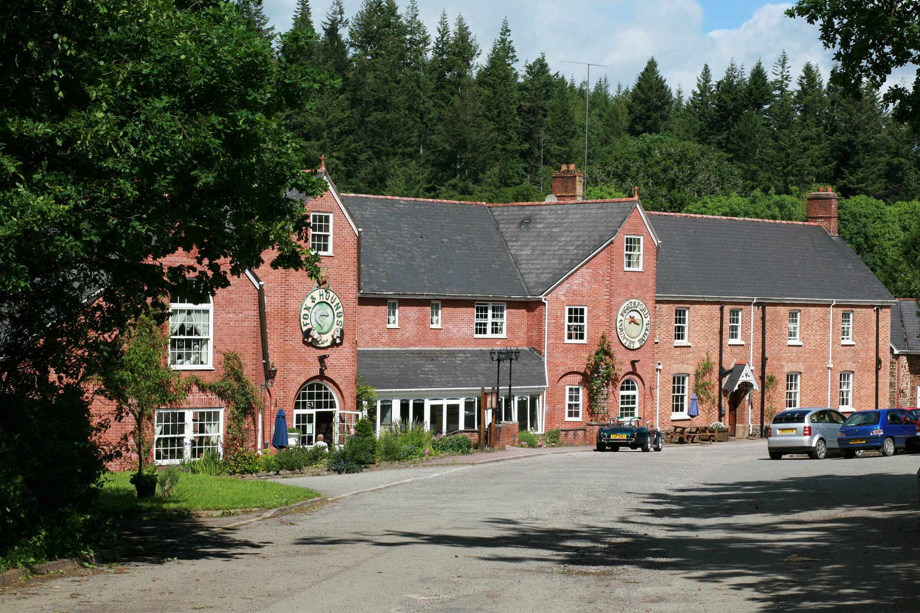 Picture of Fox And Hounds Country Hotel